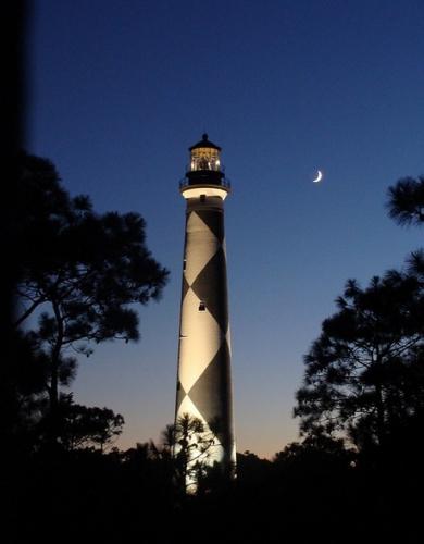 phare nuit.jpg