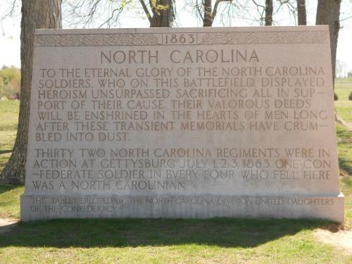 Monument Caroline du Nord.jpg