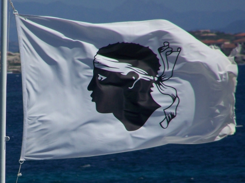 drapeau-corse-_a-bandera.jpg